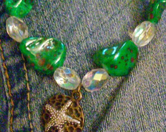 Starfish charm bracelet, beach bracelet, beaded bracelet, green freeform gemstone bracelet