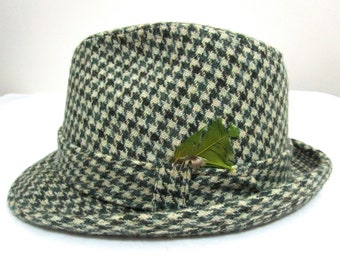 Vintage TWEED Fedora Hat 7 3 8 Houndstooth Plaid ~ Green wool Trilby 984645f689d