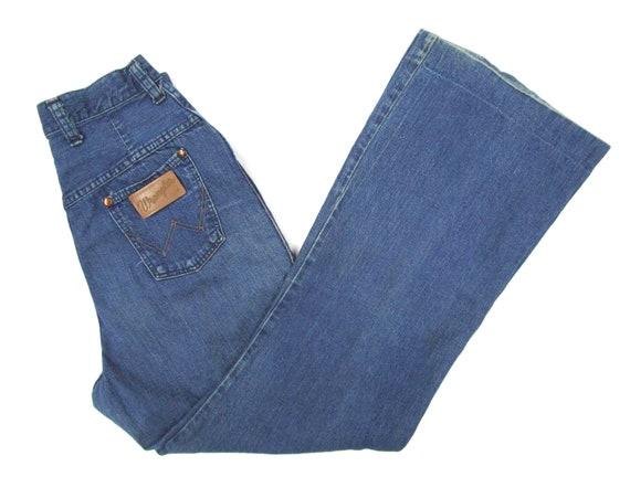 Vintage 7190s Women's Wrangler Jeans measure 25 W