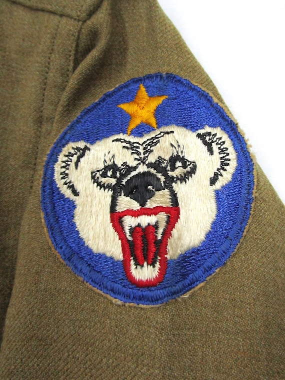 Vintage WW2 Army Wool Field Shirt PATCHES sz M ~ m43