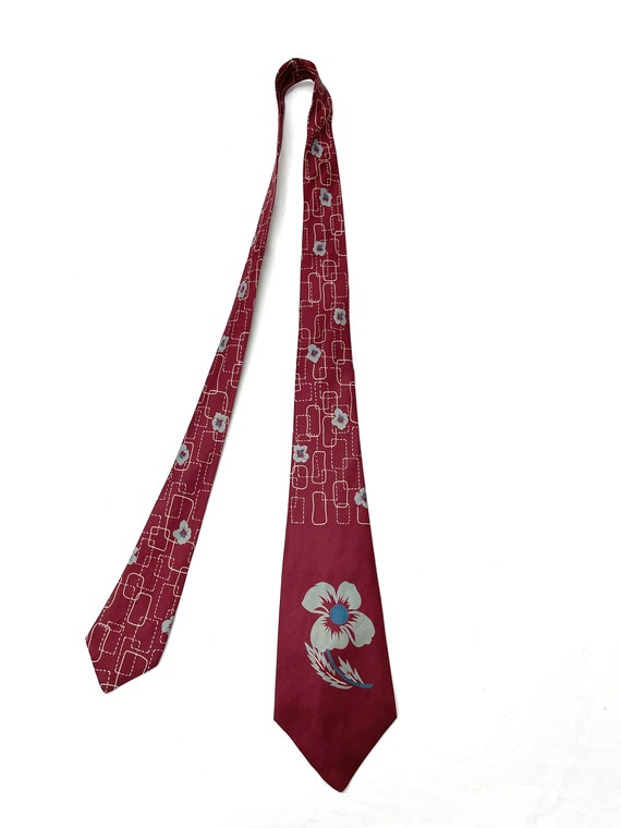 Vintage 1940s 50s Silk Tiki Flower Tie MINTY - image 2