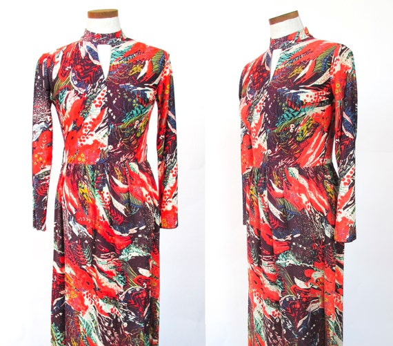Vintage mockneck maxi dress retro novelty print