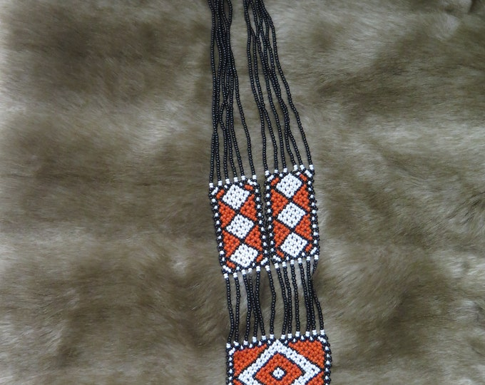 SALE-Vintage Beautiful Native American Tribal pattern Sautoir Beaded Loom Necklace