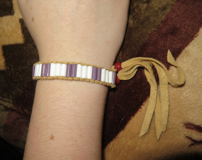 SALE-Native American style adjustable Wampum beaded glass bracelet w/soft deer lace