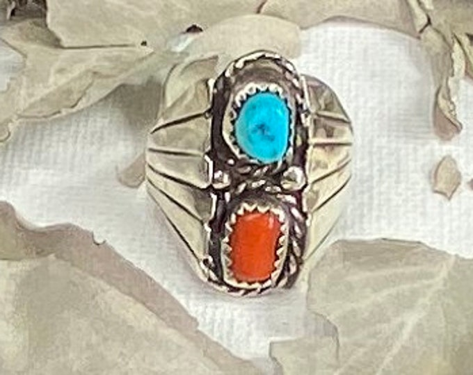 Vintage Southwestern Turquoise & Red Coral Sterling Silver Statement Ring Sz 7 1/2 SQUASH PATTERN