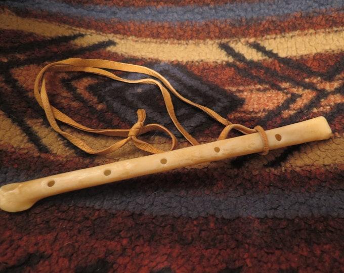 """NEW) Native America Eagle Wing Bone Museum quality 8"""" Replica Eagle Bone Whistle will produce distinct tones"""