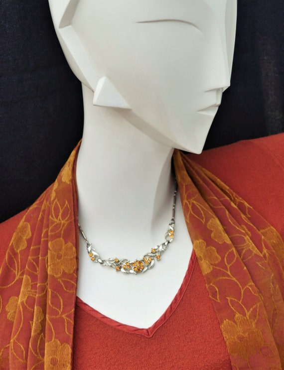 Jewelcraft Vintage 1950s Orange Amber Crystal and Gold Tone Pendant Necklace