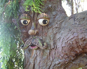 Tree Face Garden Decorations, Mothers Day Gifts, Outdoor Sculptures, Statues  Ornaments. Garden Decorations Yard Art, Funny Faces On Trees.