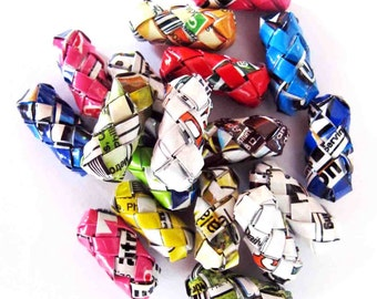 25 tubes woven origami to make jewelry / accessories, 100% recycled in packets of fruit juice.