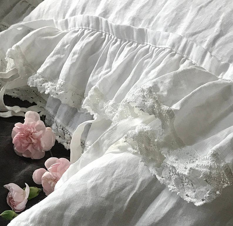 Pure linen pillowcase 'Madeleine' with ruffle linen image 0