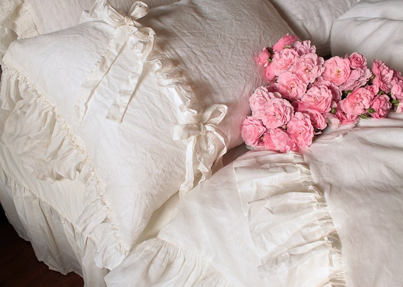Linen Pillowcase 'Chloe' with triples ruffles and image 0