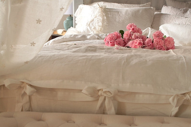 Pure Linen duvet cover 'Chloe' with ruffles and ties  image 0
