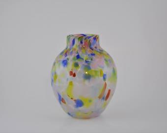Bohemian/czech Reasonable Vintage End Of Day Blue Cased Spatter Glass Trophy Vase