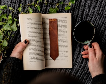 Personalized leather bookmark, The No. 39 tan bookmark