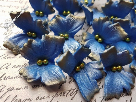 20 Edible sugar butterflies AIRBRUSHED cake cupcake toppers decorations Royal blue Airbrushed Gold