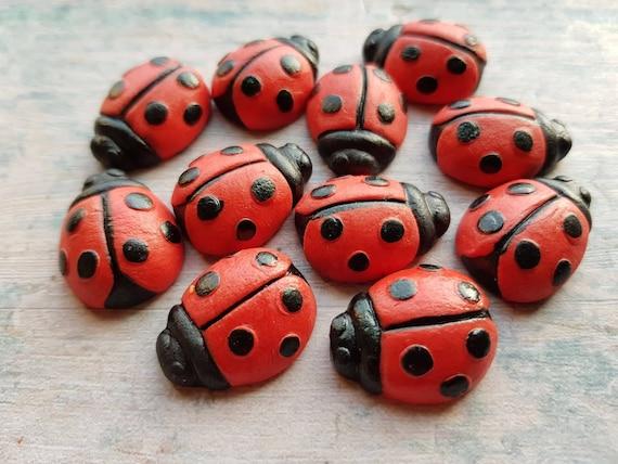 12 Edible sugar fondant gum paste ladybird ladybugs cake topper decorations