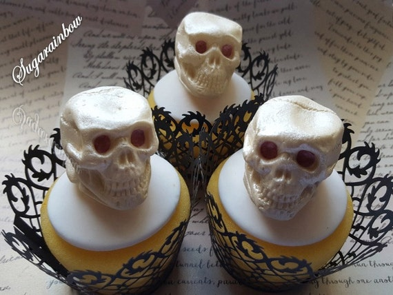 3 Edible sugar Halloween skulls (3D) cake cupcake toppers decorations Ivory with pearl shimmer