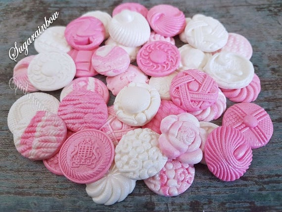 40 Edible sugar paste fondant buttons cake cupcake toppers decorations pink/white airbrushed pearl