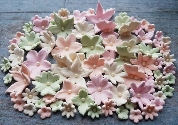 60 Edible sugar paste fondant flowers  butterflies  cake cupcake toppers decorations pastel colours