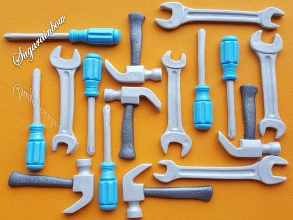 15 edible sugar screwdrivers hammers spanners tires keys cake toppers decorations AIRBRUSHED