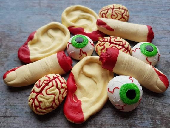 12 Edible sugar paste fondant Halloween cake decorations fingers eye balls brains ears cake cupcake toppers decorations