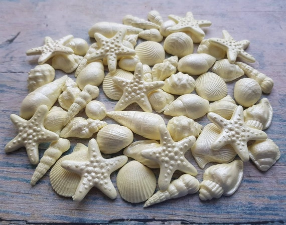 50 Edible sugar cake decorations shells sea stars cake cupcake toppers for beach wedding party mermaid cake champagne