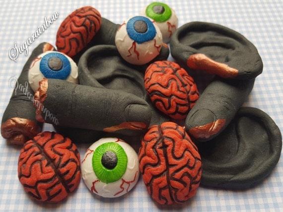 16 Edible sugar Halloween cake decorations fingers eyes brains ears cupcake toppers