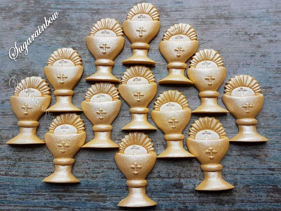12 Edible Sugar paste fondant Holy Communion Chalice cake cupcake toppers AIRBRUSHED