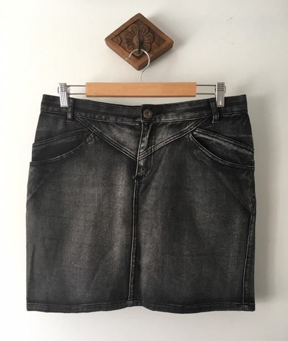 Women's Vintage Black Stonewash Denim Skirt/ 1990s