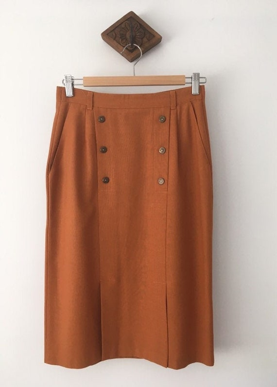 Vintage Midi Skirt in Rust with Button Detailing/b