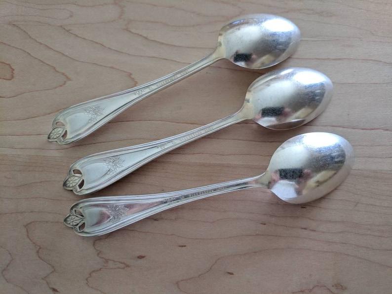 Set of 3 Antique 1847 Rogers Bros 1911 OLD COLONY Teaspoon 5 78