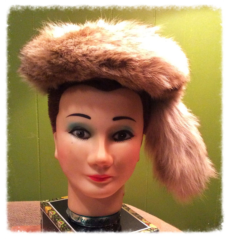 7f63a60a424 Unique Vintage fur hat. Davy Crockett style inspired. Daniel