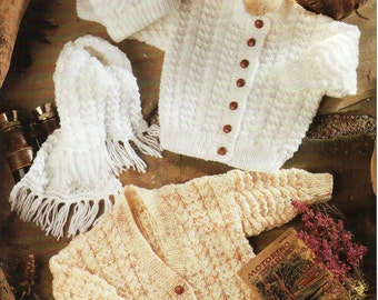 733 Hat and Mitts Aran Knitting Pattern for Baby Boys Girls Jacket 18-26/'/'