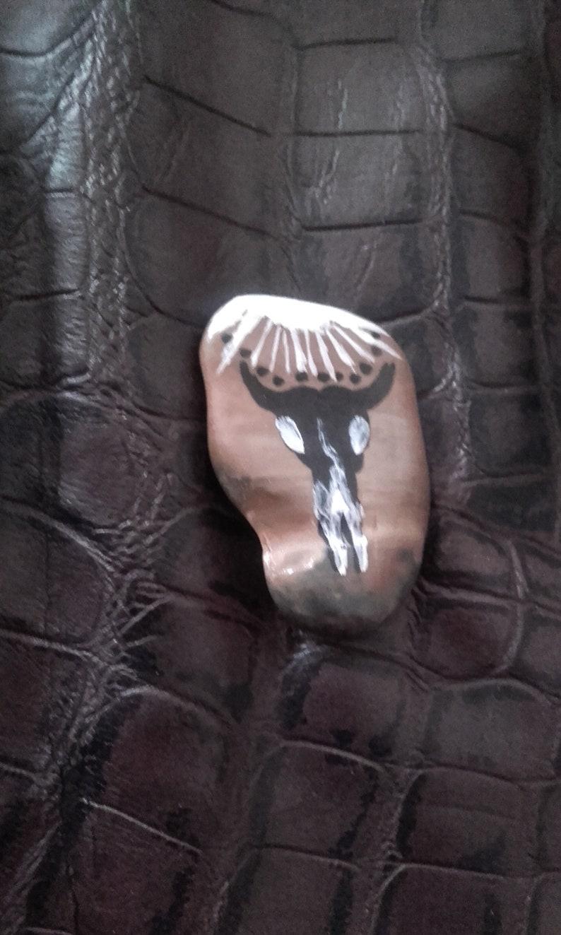 Skull 3 Skull buffalo stone totem ref
