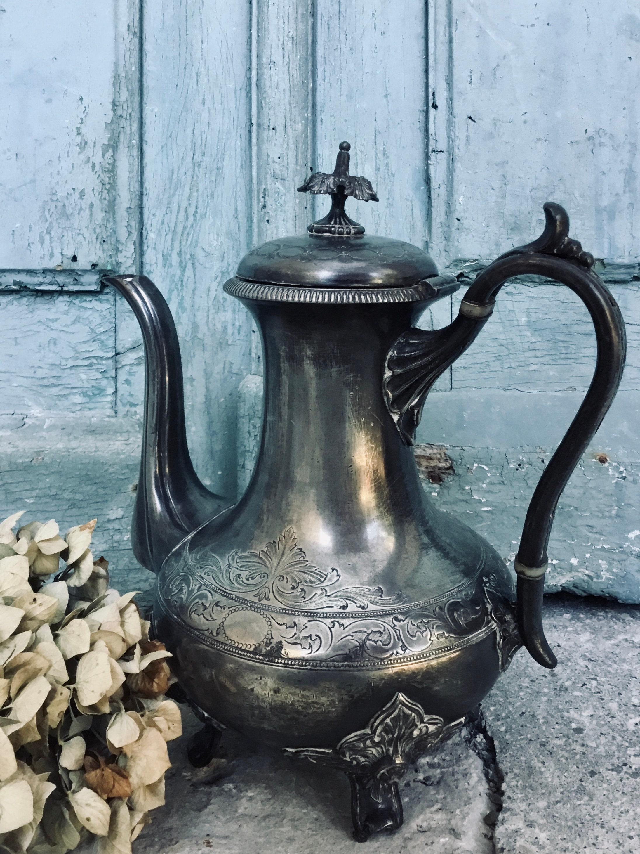 Art Noveau Silver Plate Pewter Tea Or Coffee Pot A Darling Antique Silver Plate Pewter Tea Coffee Pot 19th Century Made In England