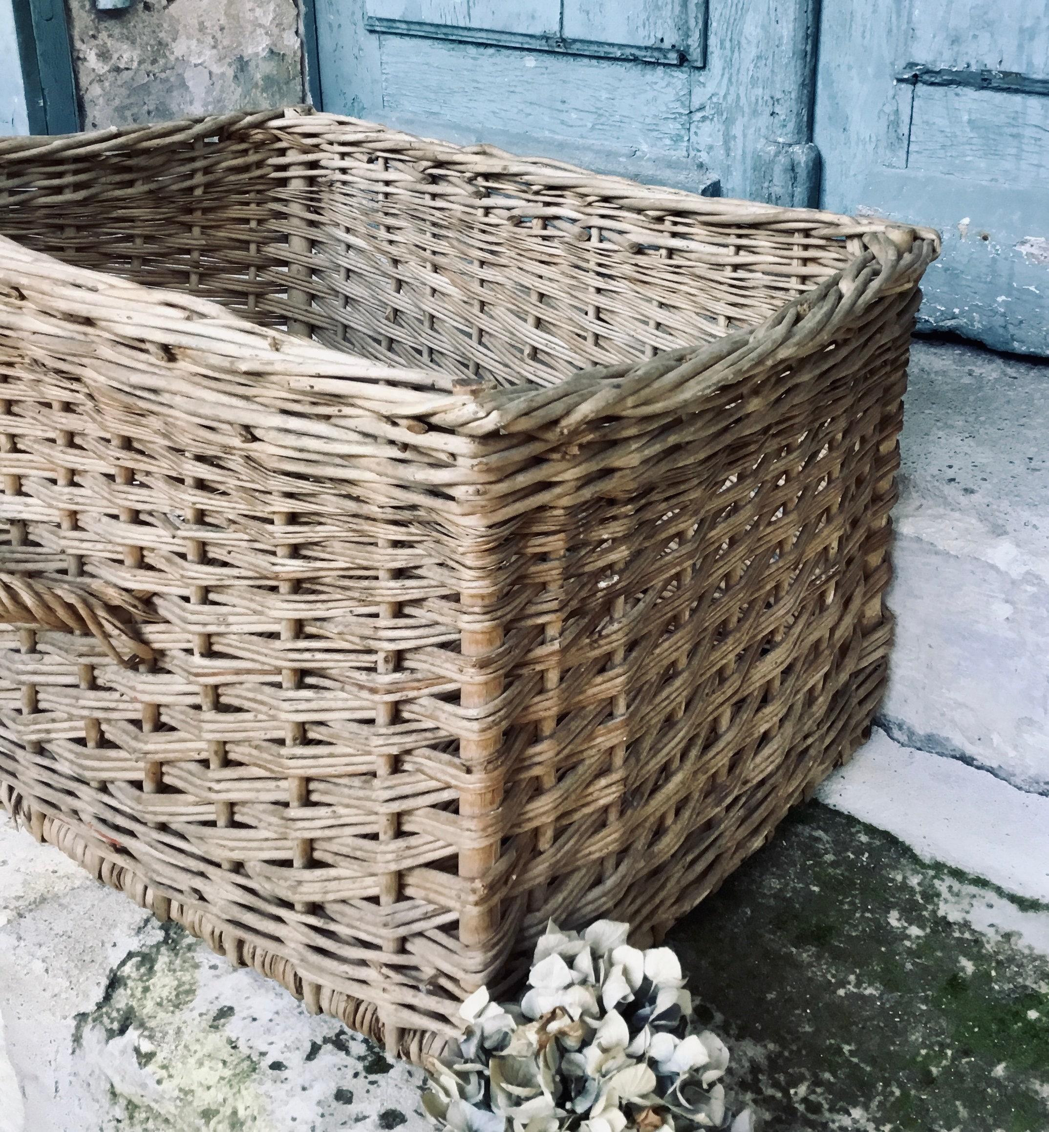 Absolutely Stunning Large Antique French Storage Basket Wicker Hamper Log Basket Shoe Storage Washing Basket Blanket Basket