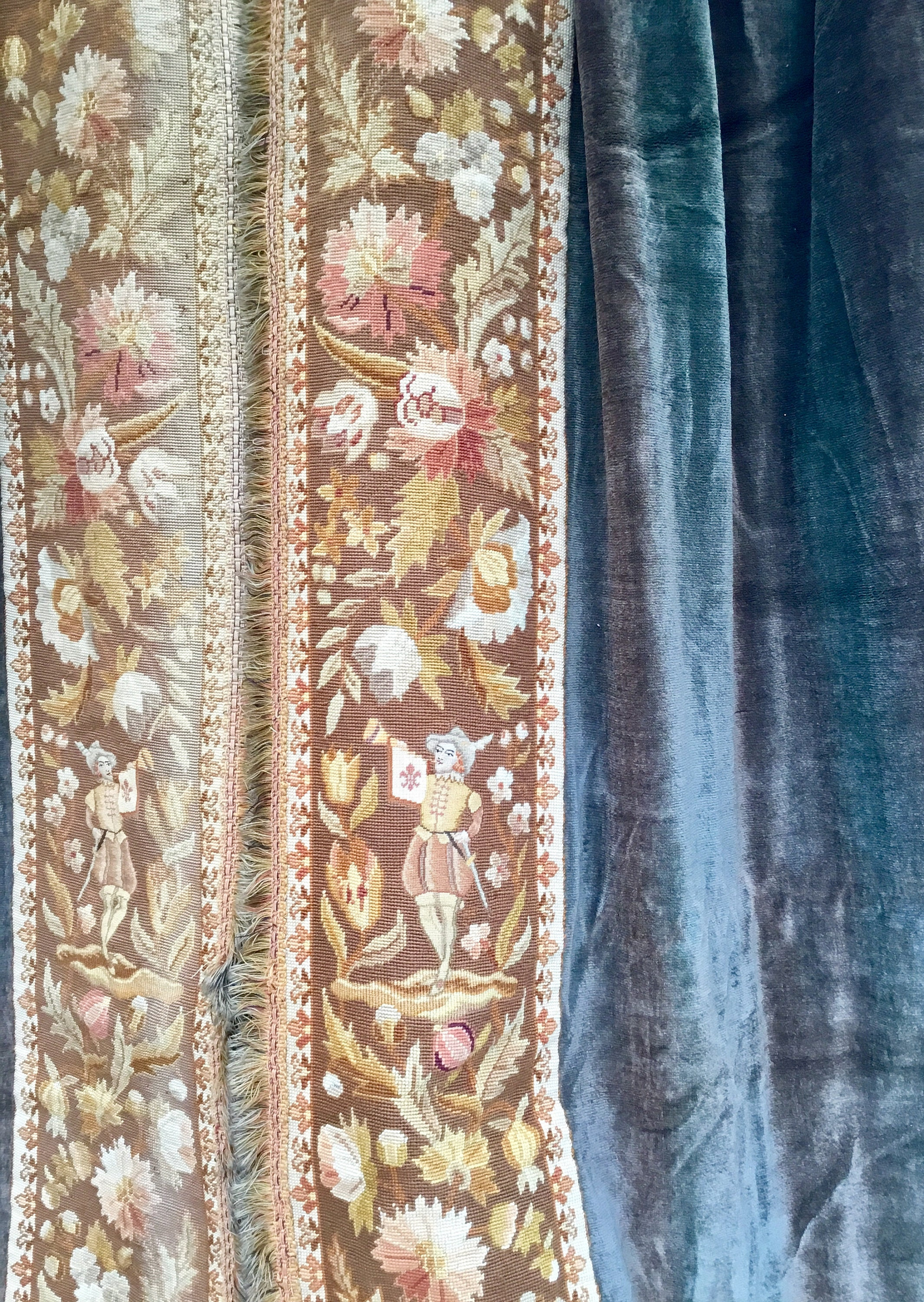 Pair Chateau curtains - Stunning pair of antique french huge