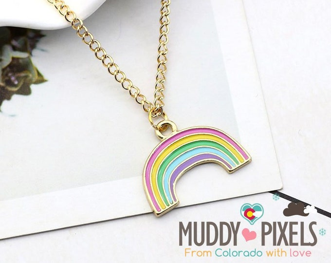 Kawaii cute rainbow necklace in gold setting