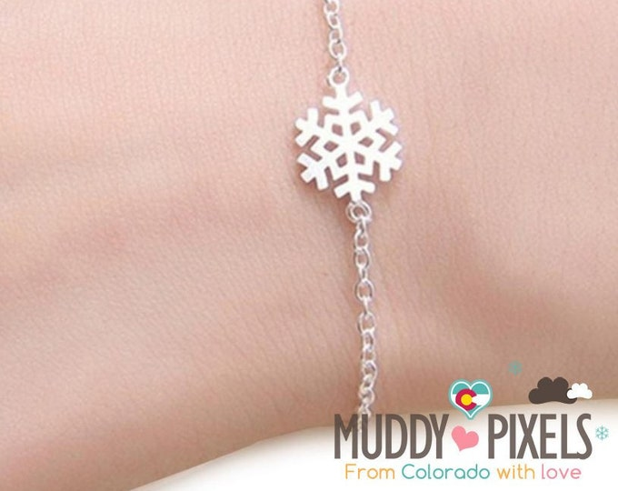 Adorable winter Bracelet or Anklet - Cute tiny snowflake charm!