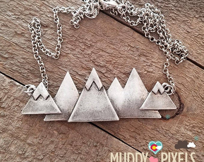 Gorgeous Large Colorado Mountain Pride Necklace - Snow Peaks!