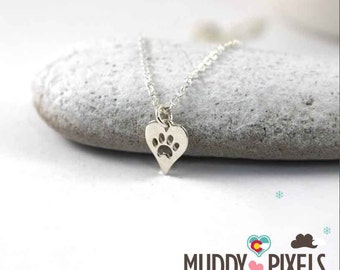 Kawaii Small Dog Paw Punched heart necklace!