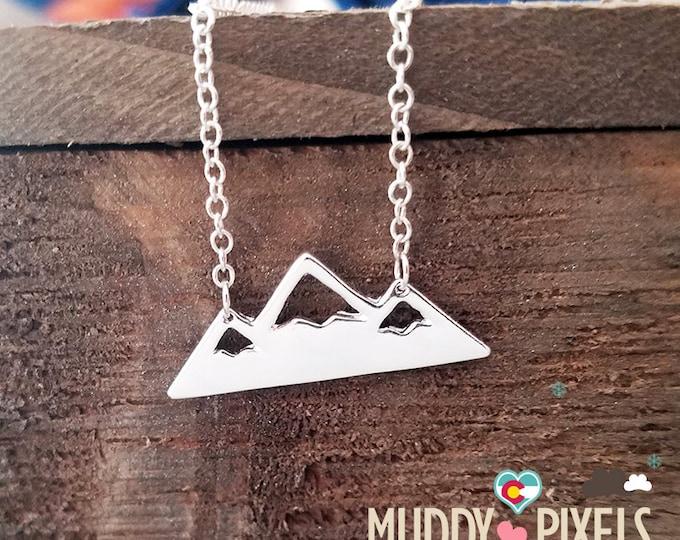 Pretty Colorado Mountain Pride Necklace in Silver With Cut Snow Peaks
