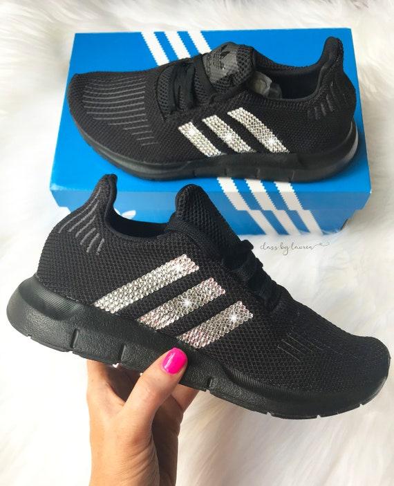 Nike Roshe Run Womenss Shoes Fur Black White New Hot Hong Kong Outlet