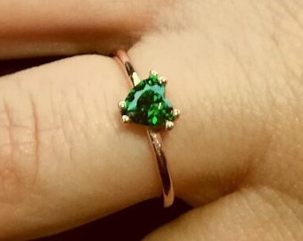 10k or 14k Two Tone Gold Claddagh Simulated Heart Emerald May Birthstone Ring