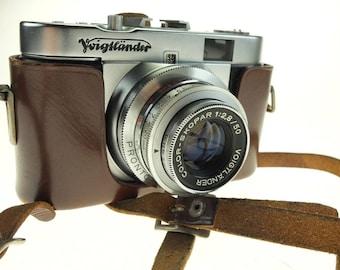 Camera Voigtländer Vito B with Color Skopar 50 mm f 2.8 with leather case top condition
