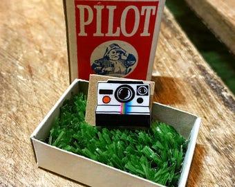 Tiny polaroid camera pin, shrink plastic pin, badge, brooch, handmade, hand-drawn, shrinky dink, cute, gift, photography gift present