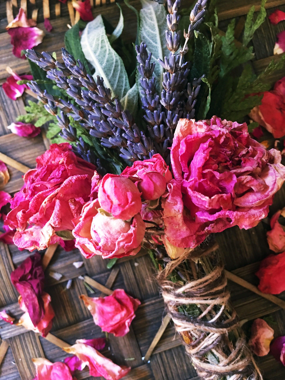 Floral Smudge Stick Healing Crystal Sage Sage Bundle | Etsy