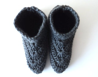 Crochet Womens Slippers, Charcoal Grey Slippers, Dark Gray Slippers, Crochet Slipper Boots, Womens Slipper Boots, Womens Slippers