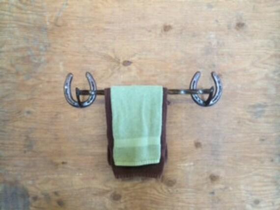 Horseshoe towel rod 18 inches