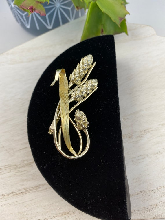 ANDREE PUTMAN Designer Jewelries Gift For Her Gift for Him Ultra Rare Vintage Brooch Featuring a Wheat Sheaf in Gold Tone Metal